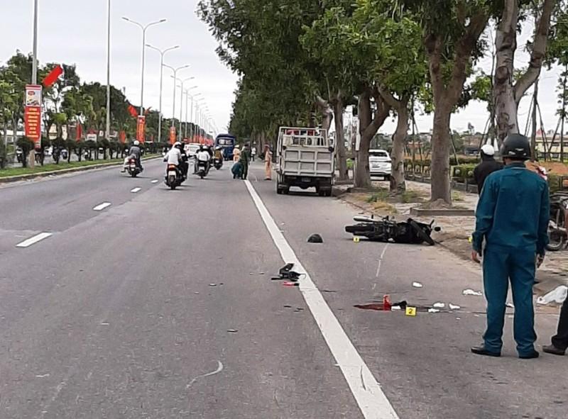 Xe khách va chạm xe máy, nam sinh lớp 6 tử vong - ảnh 1