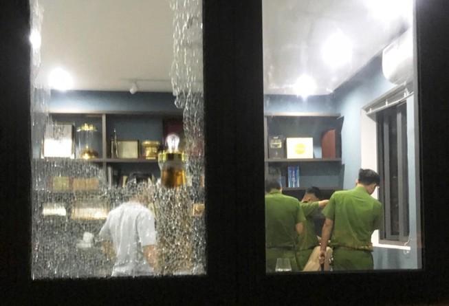 Tạm giữ 2 người vụ đập phá biệt thự 1 chủ tịch HĐQT ở Đà Nẵng - ảnh 2