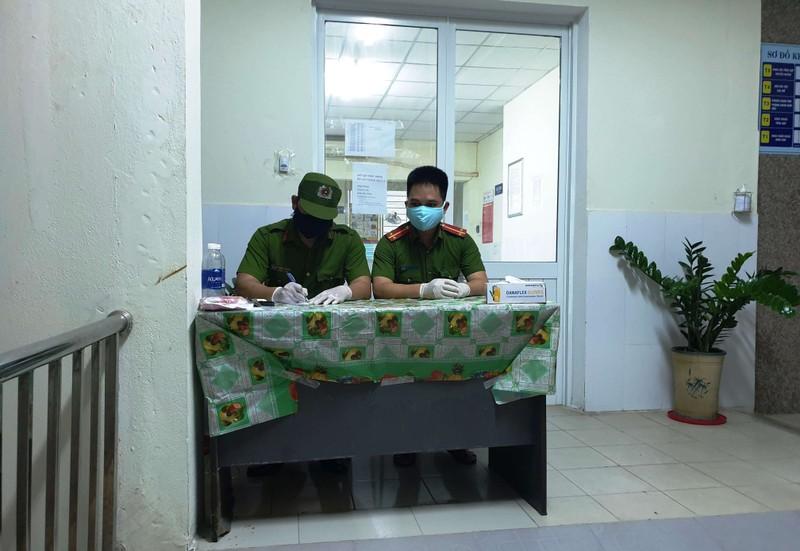 Chồng và người nhà bệnh nhân 35 trốn cách ly bằng cách nào - ảnh 1
