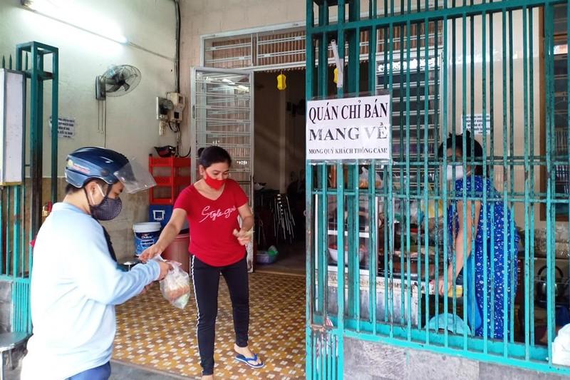 Người dân Đà Nẵng hồ hởi trong ngày đầu cho bán mang về - ảnh 5