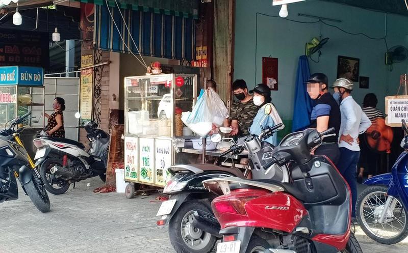 Người dân Đà Nẵng hồ hởi trong ngày đầu cho bán mang về - ảnh 8