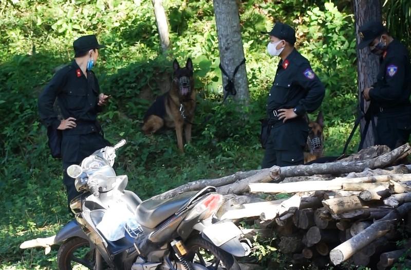 Lùng sục sâu trong rừng Hải Vân bắt kẻ trốn trại giam - ảnh 3