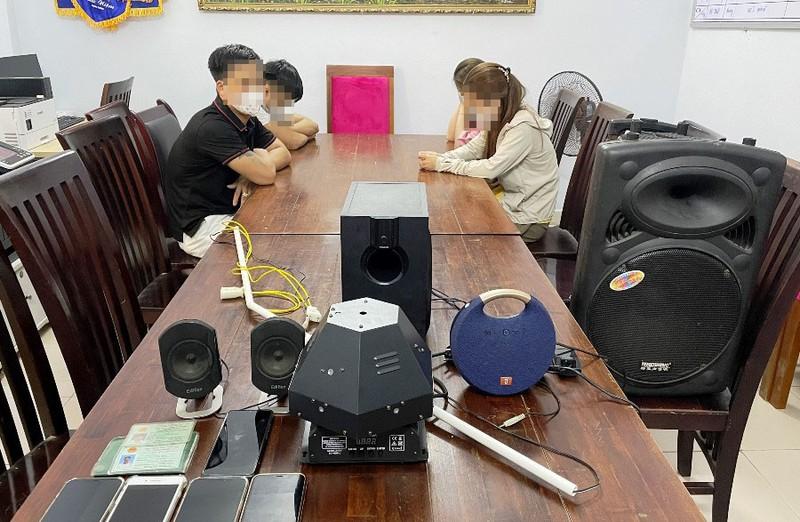 4 thanh niên tụ tập phê ma túy trong chung cư - ảnh 1