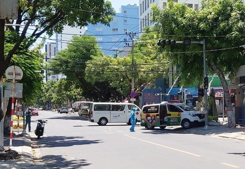 Đà Nẵng: Xe cứu thương đụng xe cứu thương, F0 tử vong, điều dưỡng bị thương nặng - ảnh 1