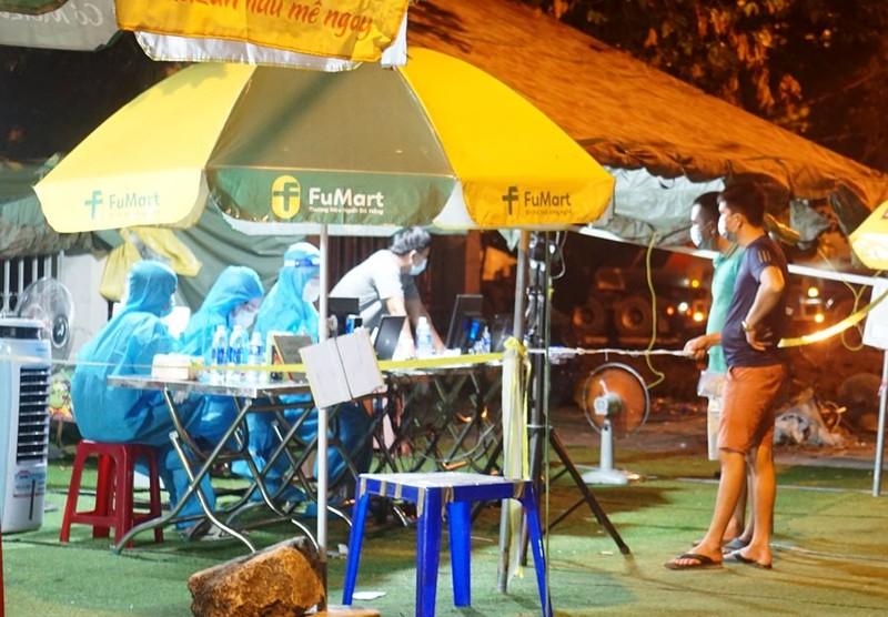 Đà Nẵng: Người dân muốn ra đường phải có mã QR khai báo y tế - ảnh 1