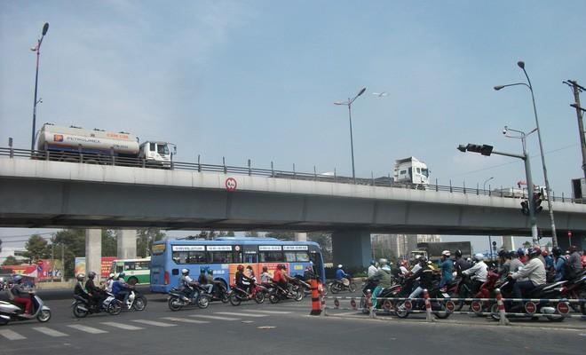 TP.HCM chi hơn 3.000 tỉ xây cầu Bình Tiên nối khu Nam - ảnh 1