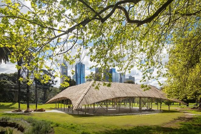 Nhà tre siêu đẹp giữa công viên của triệu phú Australia - ảnh 1