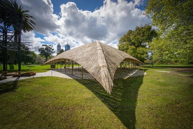 Nhà tre siêu đẹp giữa công viên của triệu phú Australia - ảnh 3