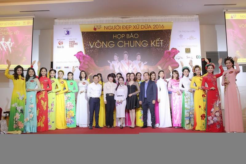 19 người đẹp 'Người đẹp xứ dừa 2016' chào sân TP.HCM - ảnh 2