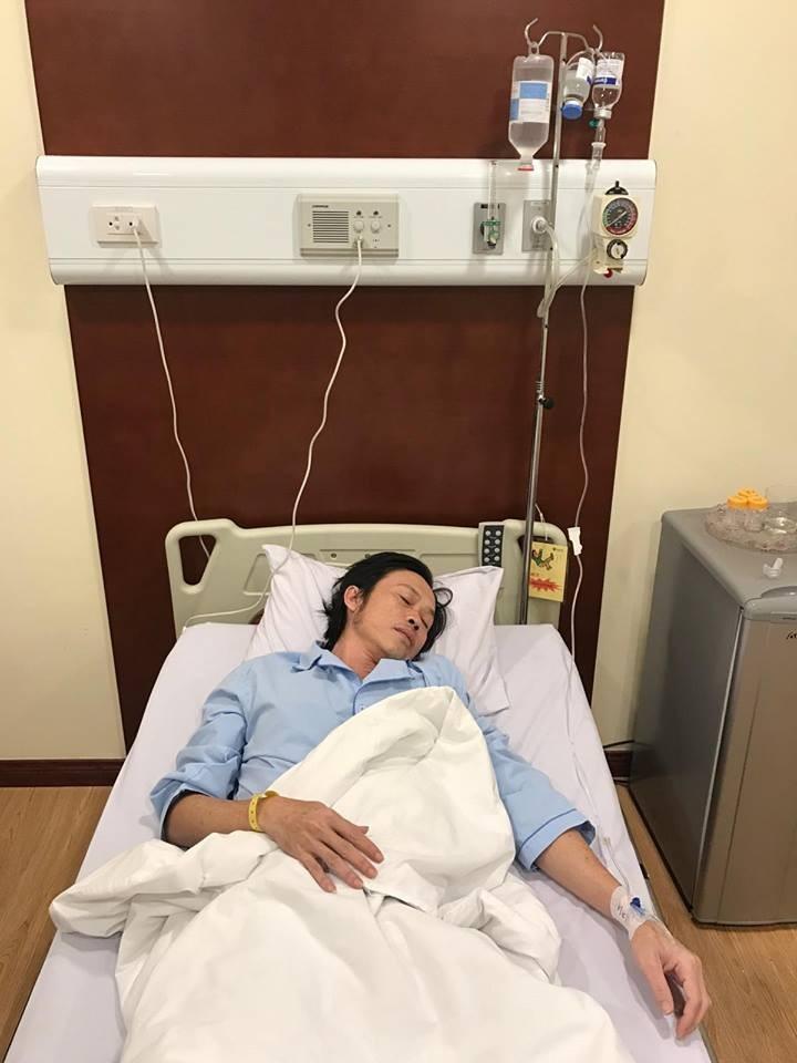 Hoài Linh nhập viện cấp cứu, tạm hoãn liveshow - ảnh 1