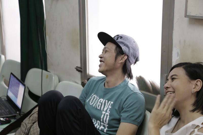 Hoài Linh nhập viện cấp cứu, tạm hoãn liveshow - ảnh 3