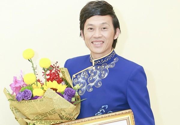 Hoài Linh 'tẩy chay' app cổ trang kiếm hiệp Trung Quốc  - ảnh 1