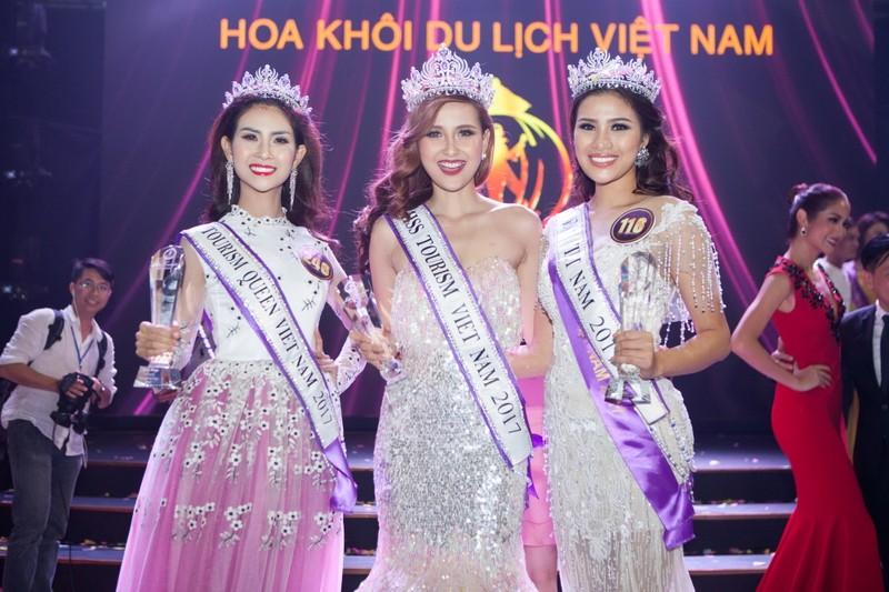 Khánh Ngân đăng quang 'Hoa khôi Du lịch Việt Nam 2017' - ảnh 1