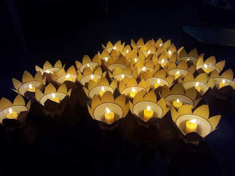 Nghẹn ngào đêm cuối tiễn biệt nghệ sĩ Thanh Sang - ảnh 8