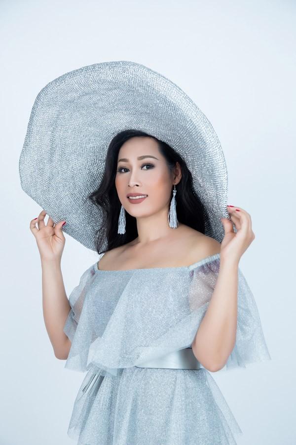 Người đẹp Hạnh Lê đại diện VN tại Mrs Universe 2017   - ảnh 2