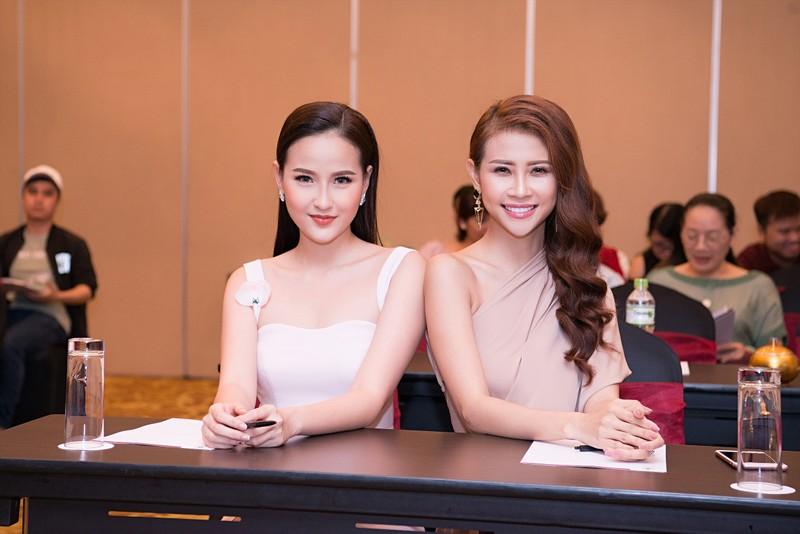 Khánh Ngân bất ngờ dự Miss Globe 2017 tại Albanial - ảnh 3