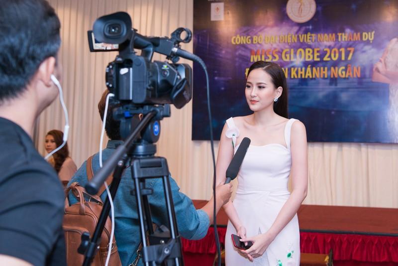 Khánh Ngân bất ngờ dự Miss Globe 2017 tại Albanial - ảnh 1