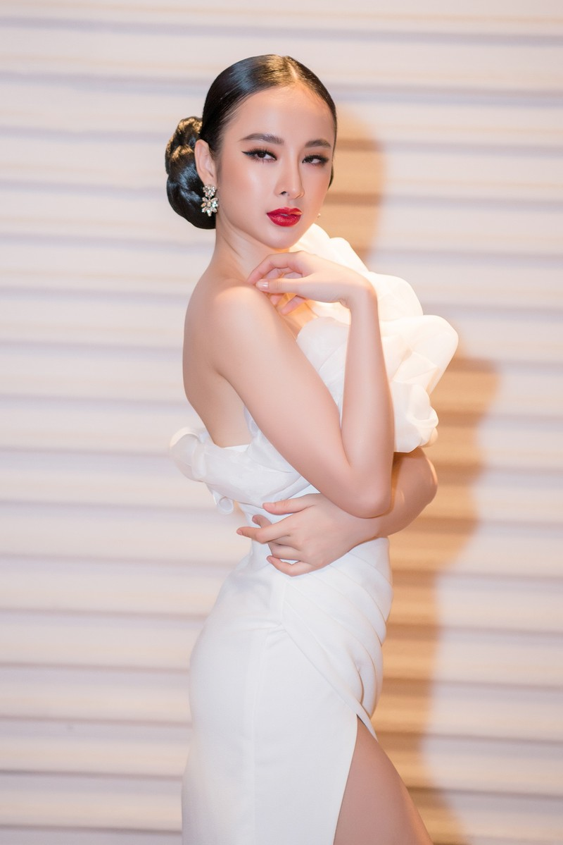 Ngắm hoa hậu sắc đẹp hoàn mỹ toàn cầu Thư Dung - ảnh 4