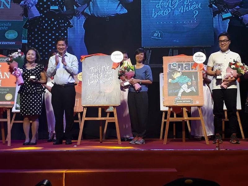 Tác giả trẻ Rosie Nguyễn nhận giải Sách được yêu thích - ảnh 3