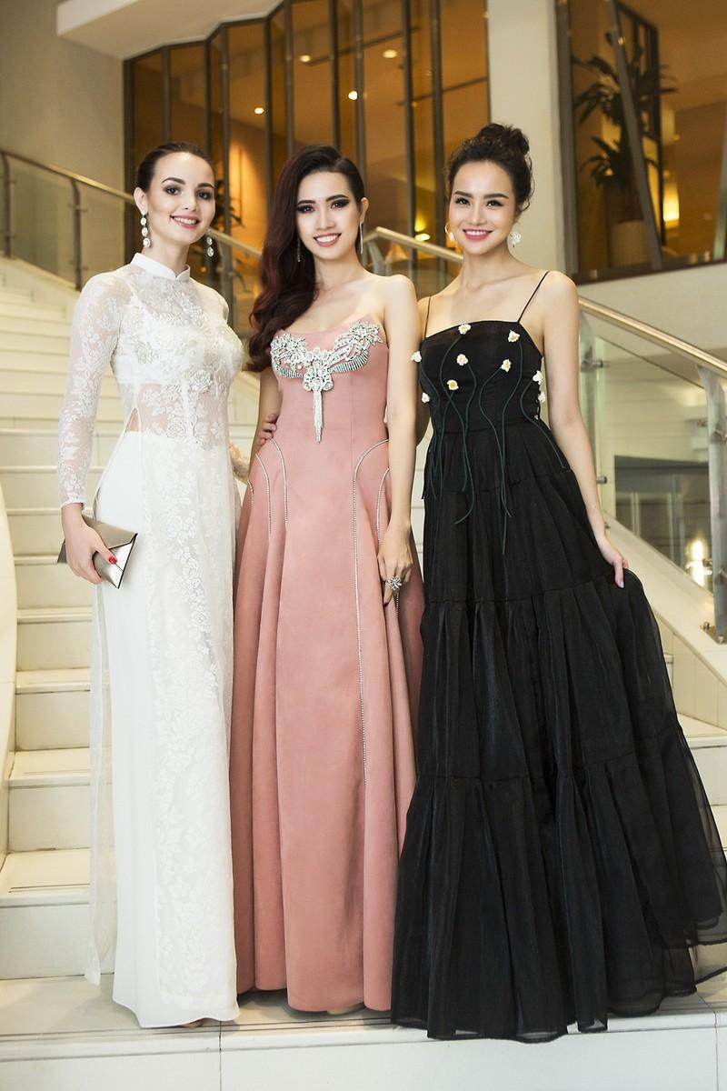 Chị gái Nam Em vào chung kết Người mẫu thời trang VN - ảnh 4