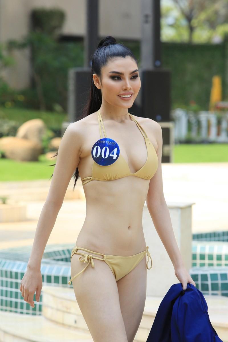 30 người mẫu thời trang VN diện bikini nóng bỏng - ảnh 4