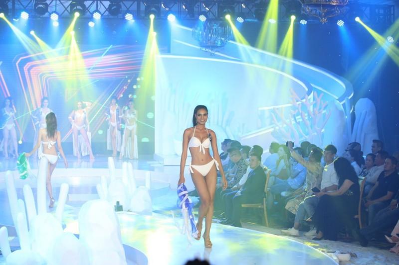 Chị gái Nam Em đăng quang 'Người mẫu Thời trang VN'   - ảnh 3