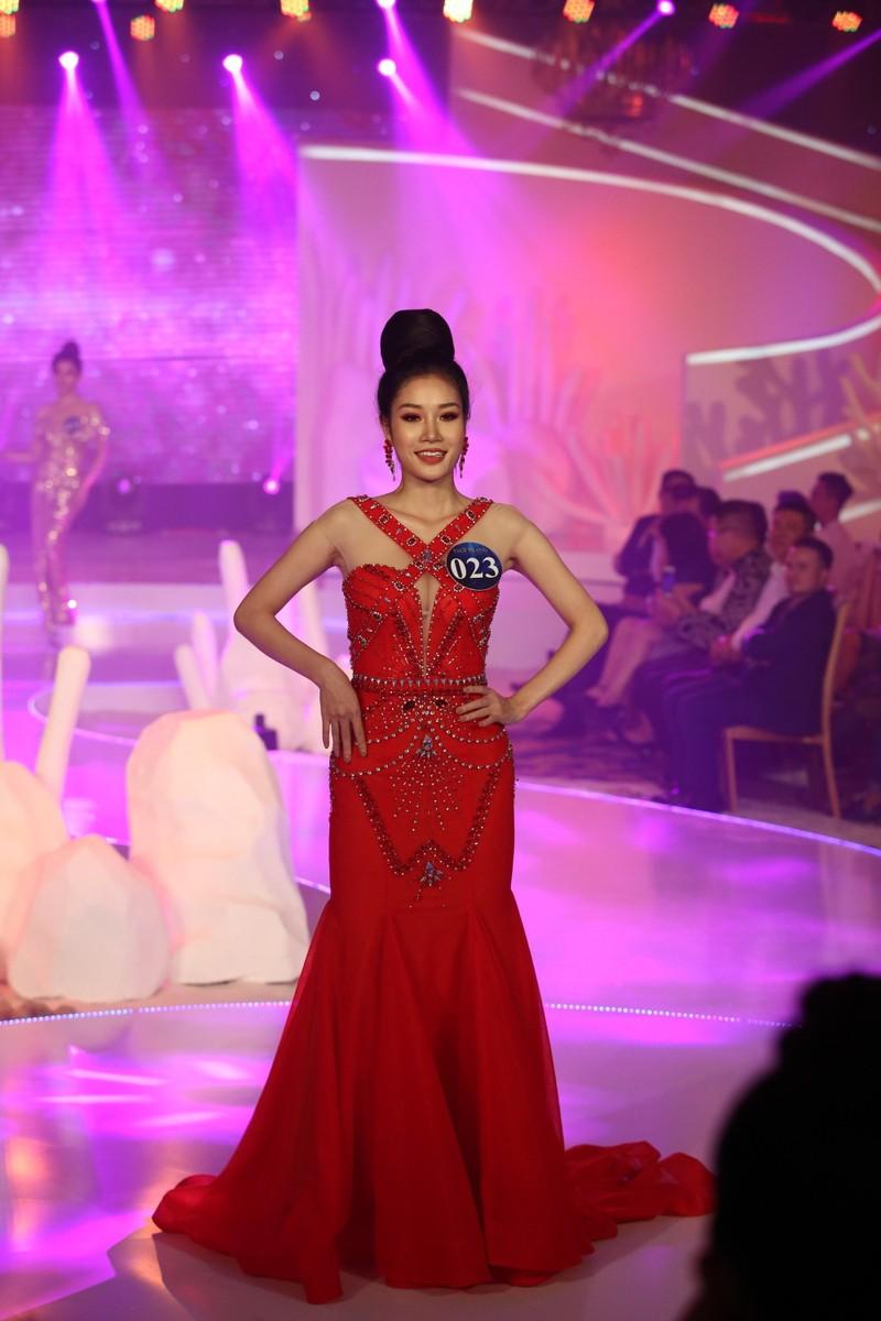 Chị gái Nam Em đăng quang 'Người mẫu Thời trang VN'   - ảnh 6