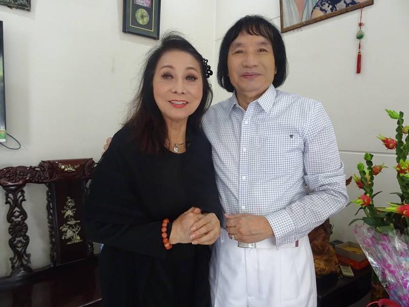 Nghệ sĩ cải lương quy tụ dự giỗ đầu NS Thanh Sang - ảnh 5