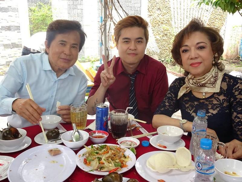 Nghệ sĩ cải lương quy tụ dự giỗ đầu NS Thanh Sang - ảnh 2