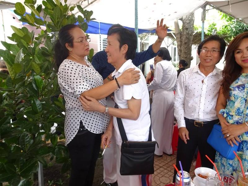 Nghệ sĩ cải lương quy tụ dự giỗ đầu NS Thanh Sang - ảnh 10