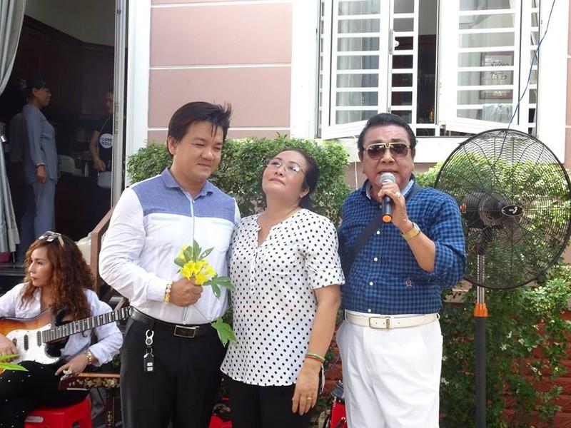 Nghệ sĩ cải lương quy tụ dự giỗ đầu NS Thanh Sang - ảnh 14