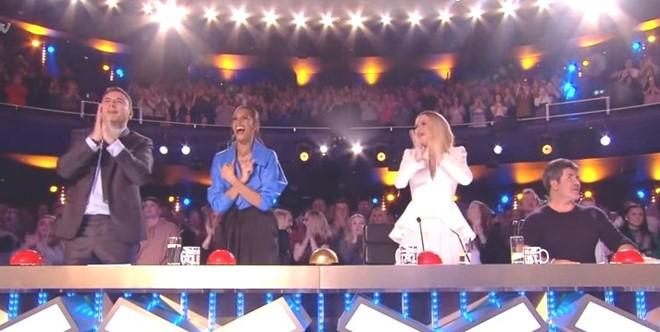 Quốc Cơ, Quốc Nghiệp sang Anh dự bán kết Britain's Got Talent - ảnh 5