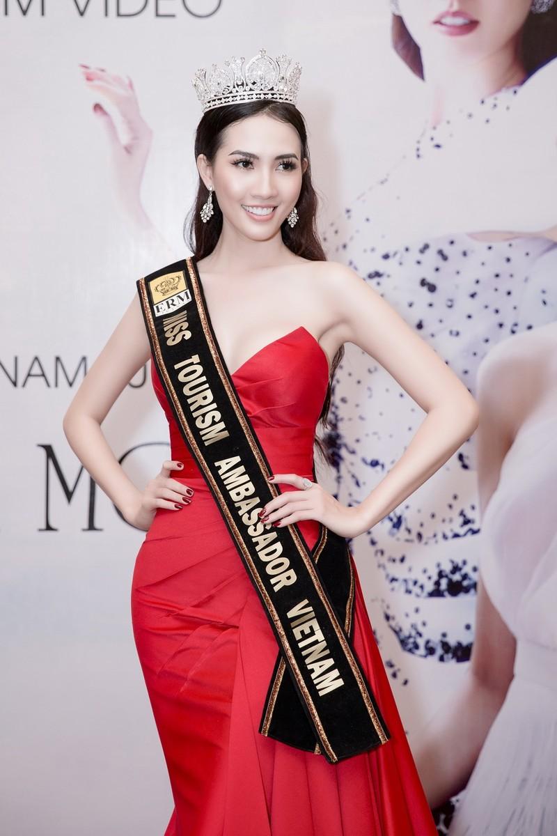 Phan Thị Mơ khoe nhan sắc quyết giành vương miện hoa hậu - ảnh 1
