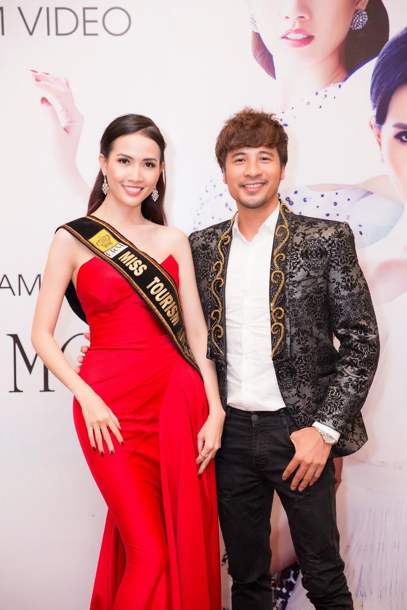 Phan Thị Mơ khoe nhan sắc quyết giành vương miện hoa hậu - ảnh 4