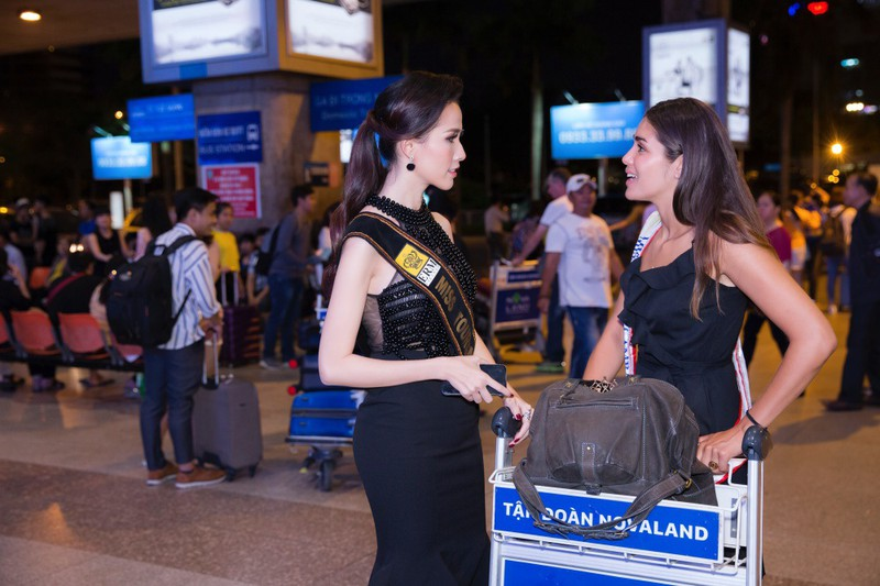 Hoa hậu quốc tế đổ bộ đến VN dự World Miss Tourism Ambassador - ảnh 8