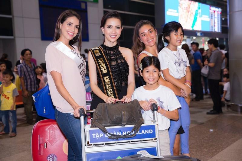 Hoa hậu quốc tế đổ bộ đến VN dự World Miss Tourism Ambassador - ảnh 12