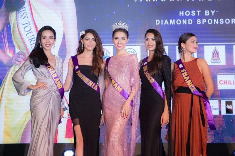 Cận cảnh nhan sắc 50 hoa hậu quốc tế tại Hội An - ảnh 11