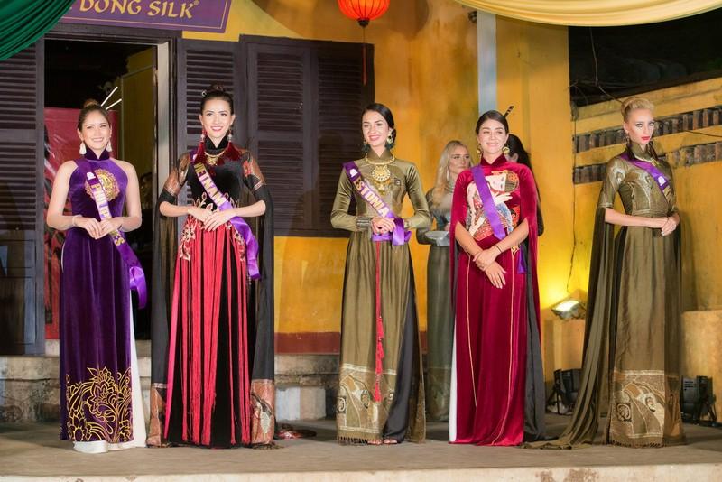 Philippines đạt giải trình diễn áo dài đẹp nhất tại Hội An - ảnh 9