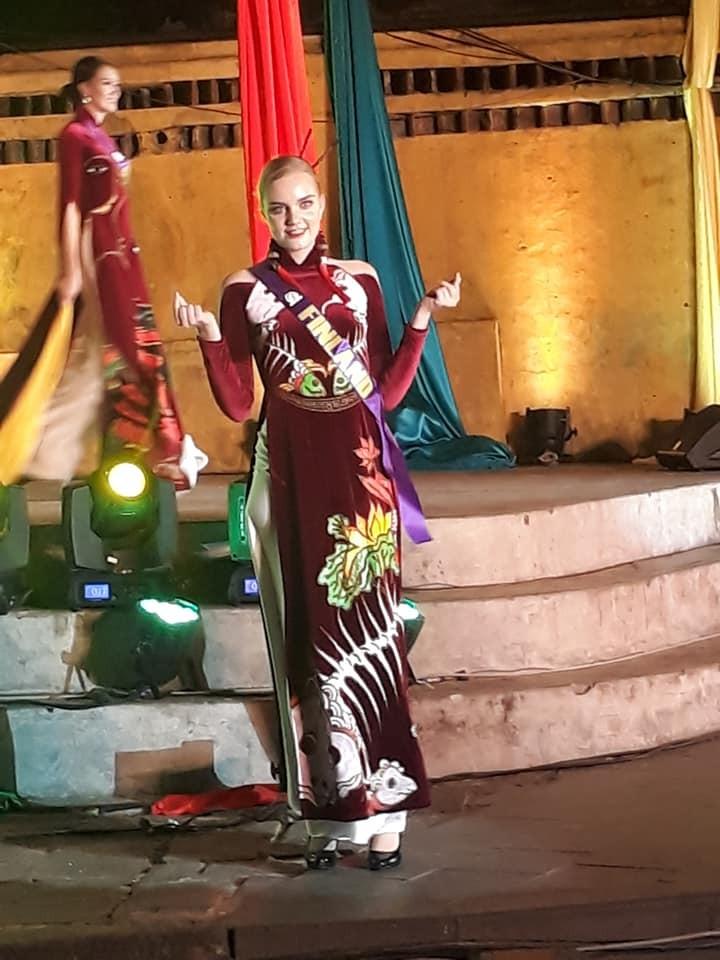 Philippines đạt giải trình diễn áo dài đẹp nhất tại Hội An - ảnh 1