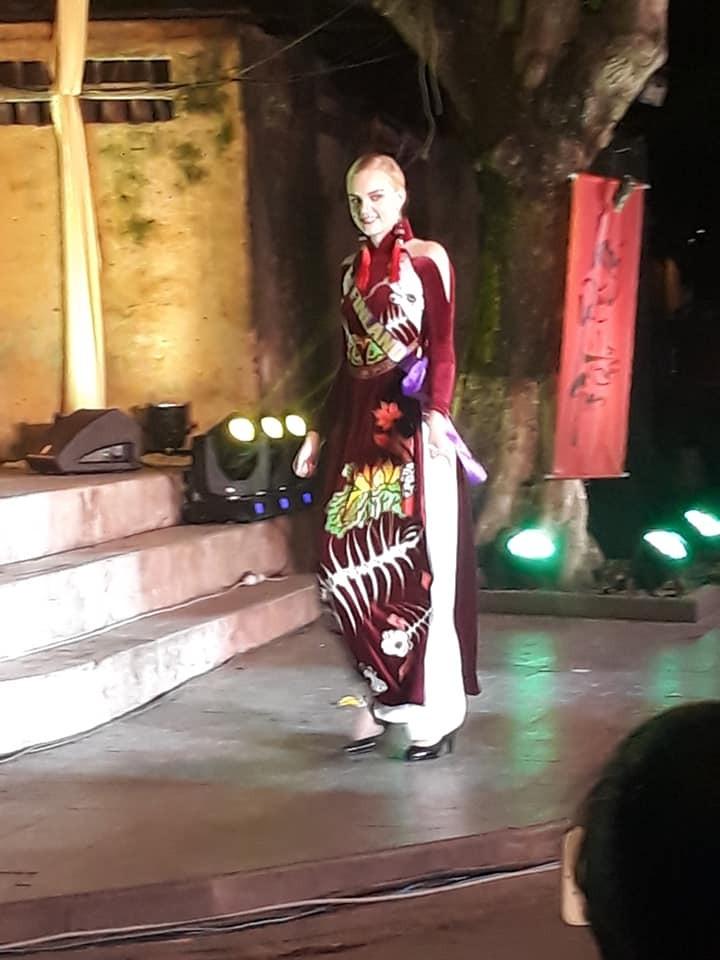 Philippines đạt giải trình diễn áo dài đẹp nhất tại Hội An - ảnh 2
