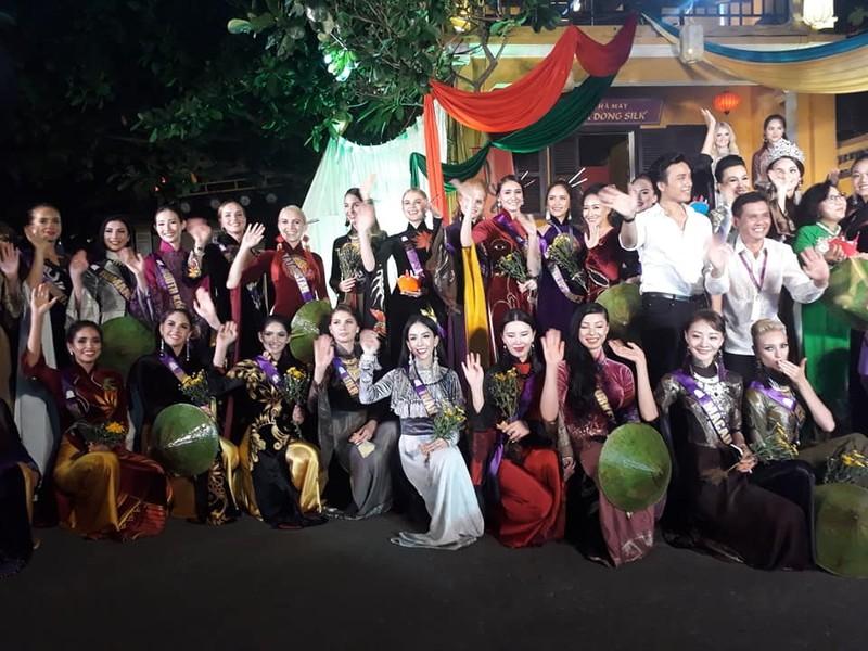 Philippines đạt giải trình diễn áo dài đẹp nhất tại Hội An - ảnh 11
