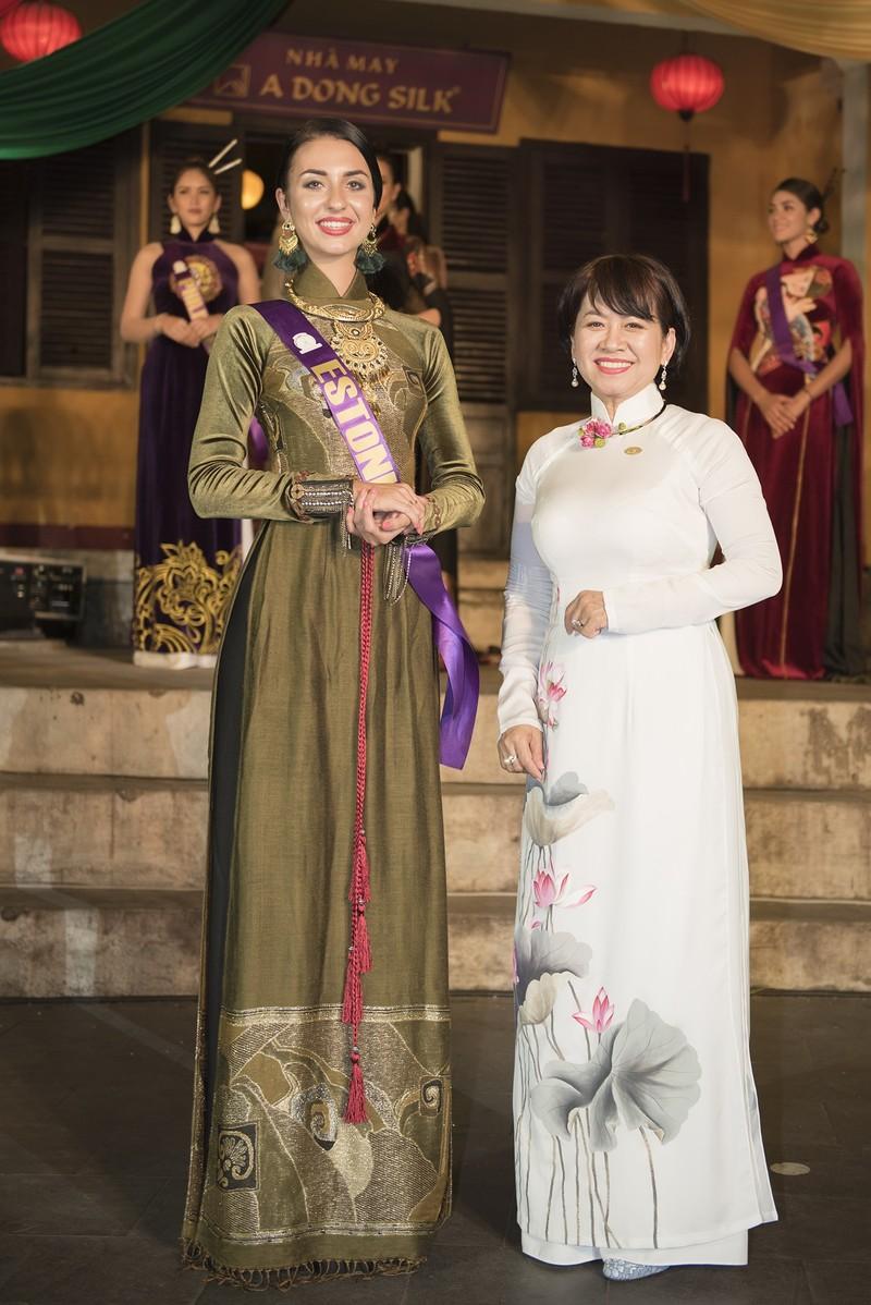 Philippines đạt giải trình diễn áo dài đẹp nhất tại Hội An - ảnh 4