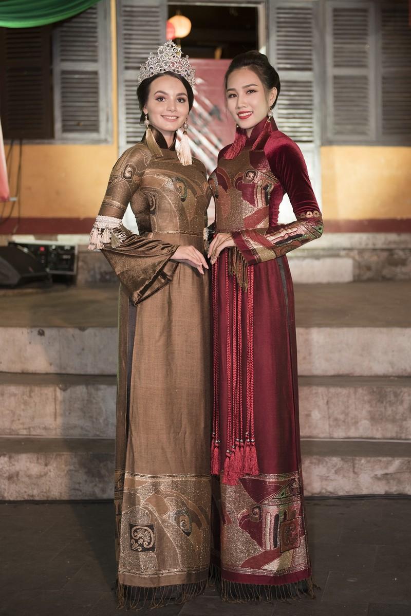 Philippines đạt giải trình diễn áo dài đẹp nhất tại Hội An - ảnh 6