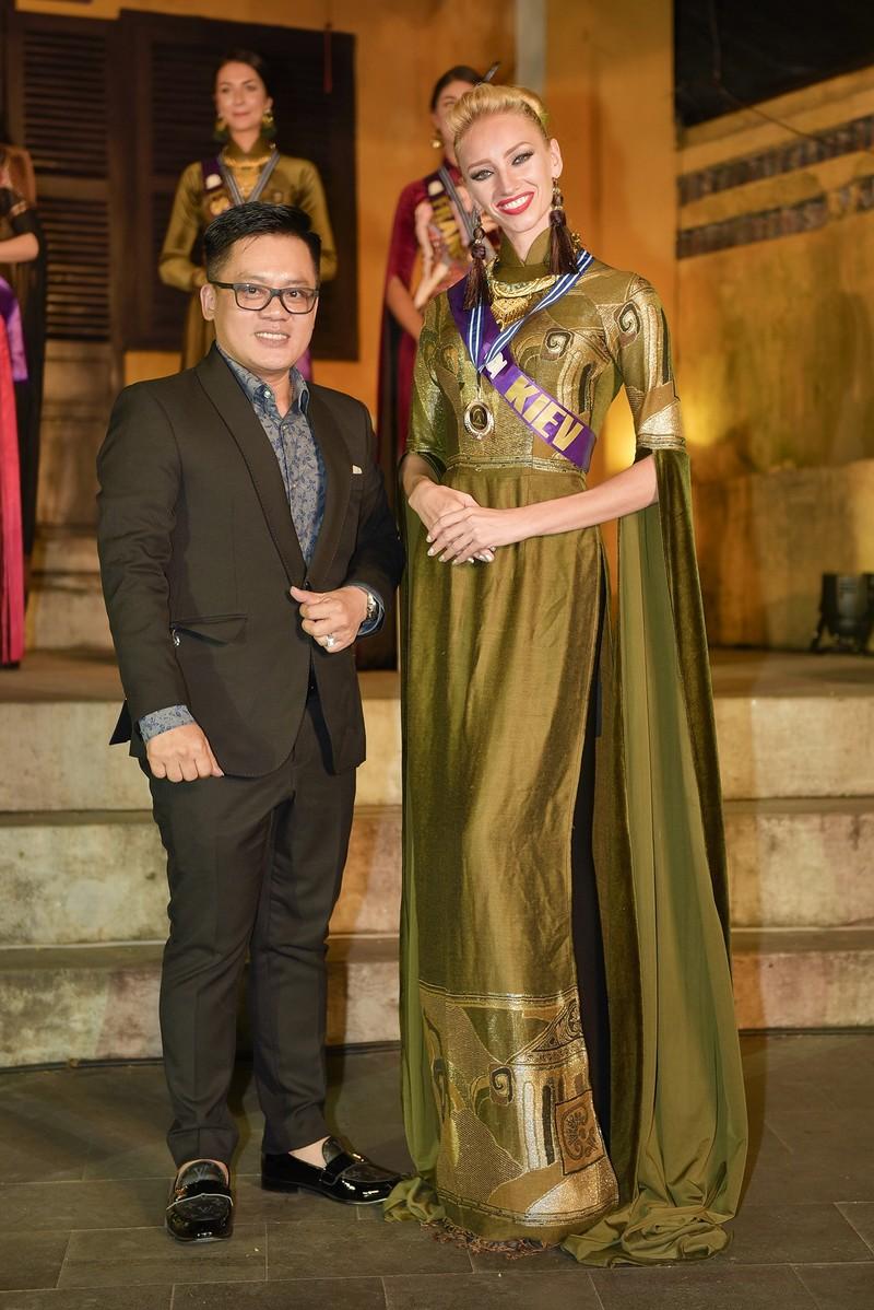 Philippines đạt giải trình diễn áo dài đẹp nhất tại Hội An - ảnh 7