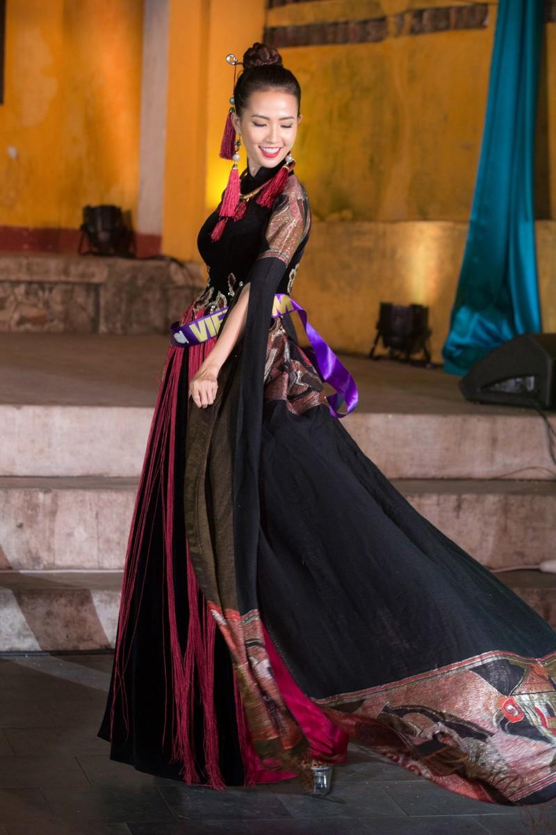 Philippines đạt giải trình diễn áo dài đẹp nhất tại Hội An - ảnh 3
