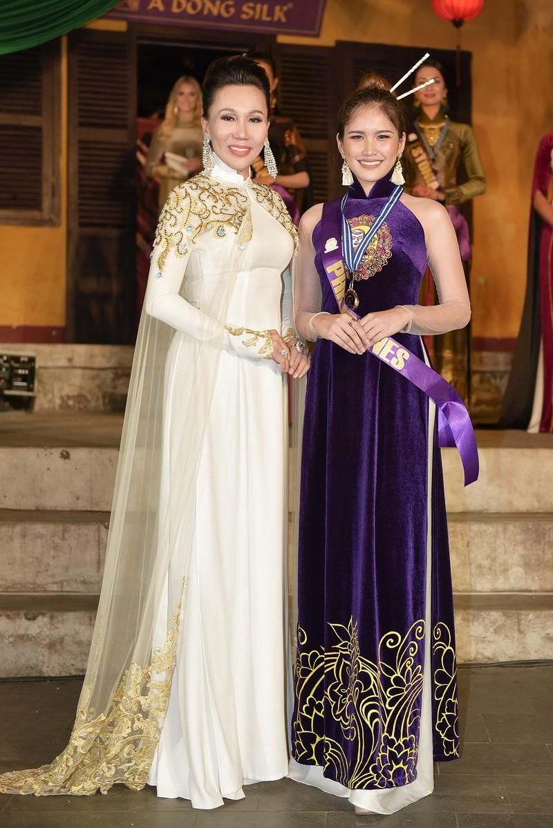 Philippines đạt giải trình diễn áo dài đẹp nhất tại Hội An - ảnh 8
