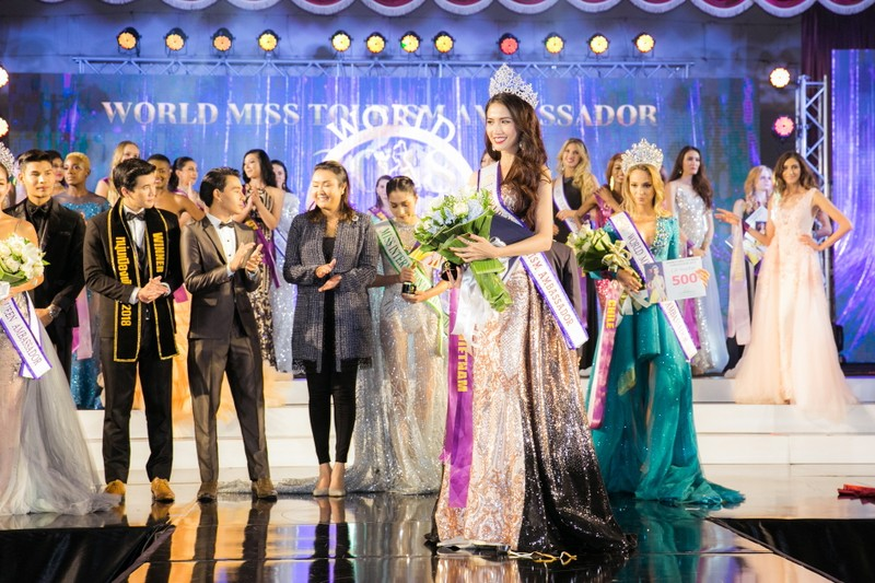 Phan Thị Mơ đăng quang Hoa hậu Đại sứ du lịch Thế giới 2018 - ảnh 15