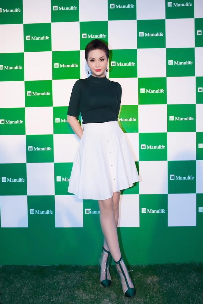 Á hậu Diễm Trang khoe sắc, khoe tiếng Anh  - ảnh 3