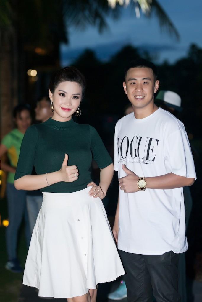 Á hậu Diễm Trang khoe sắc, khoe tiếng Anh  - ảnh 7