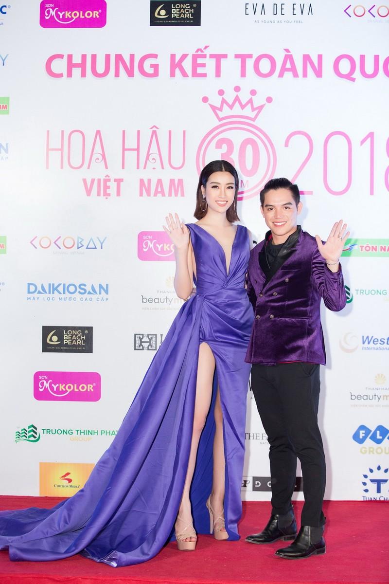 Kỳ Duyên đọ sắc cùng hoa hậu Mỹ Linh và đàn chị Hà Kiều Anh - ảnh 2